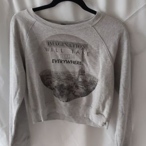 Forever 21 gray crewneck sweater size medium